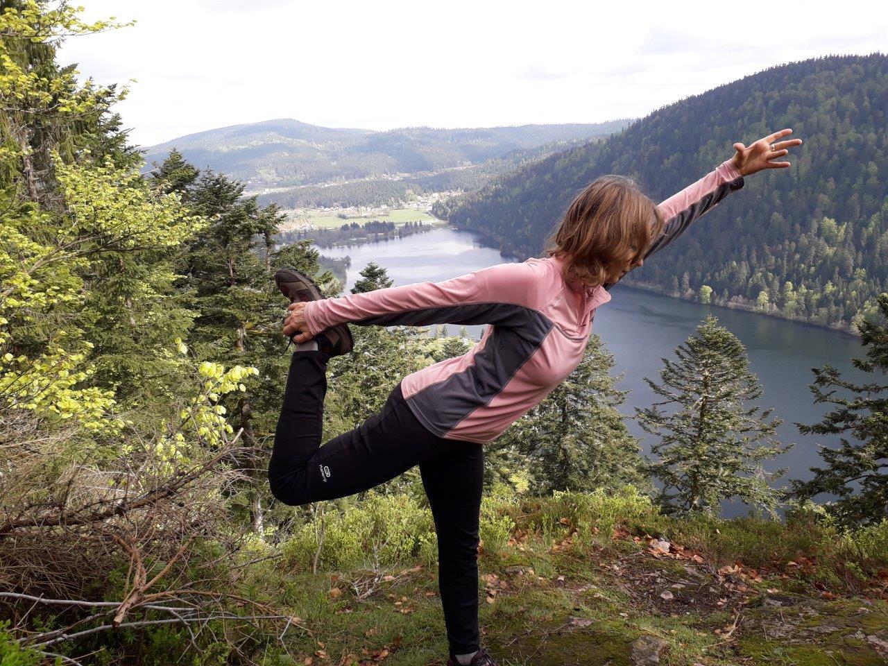 En équilibre au dessus du lac!