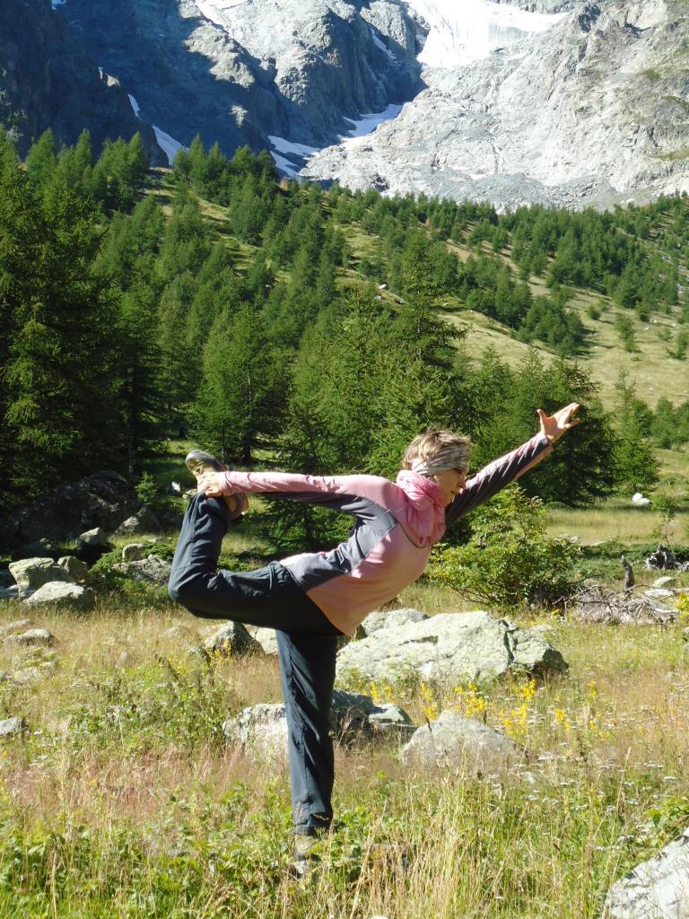 Shiva Nataraj dans les montagnes