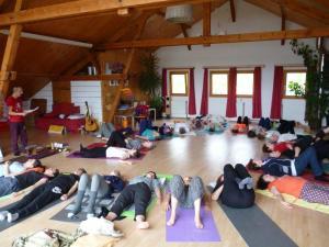 Relaxation après le Yoga du Rire (Stage Vosges 4-2016)