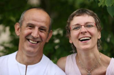 Sibylle et francois yoga du rire